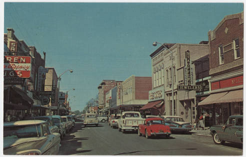 Postcard image of Evans Street in Greenville, N.C., ca. 1950s to 1960s. Image from the Durwood Barbour Collection of NC Postcards, UNC-Chapel Hill.