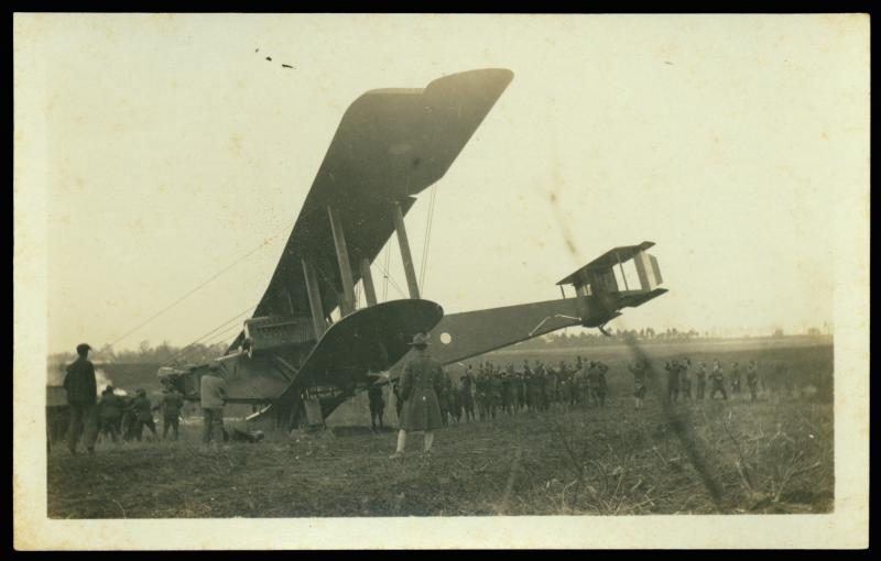 "<img typeof=""foaf:Image"" src=""http://statelibrarync.org/learnnc/sites/default/files/images/airplane.jpg"" width=""2701"" height=""1721"" alt=""World War I airplane"" title=""World War I airplane"" />"
