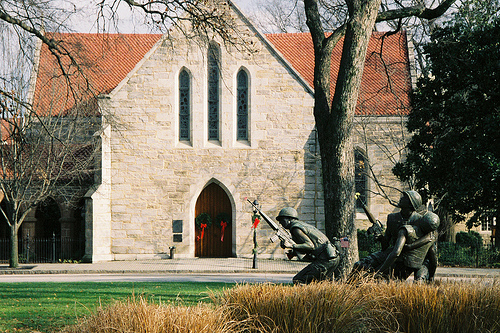 Christ Episcopal Church, Raleigh, NC. Image courtesy of Flickr user Craig Moe.