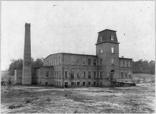 Coleman Manufacturing Co., Concord, N.C. Image courtesy of Library of Congress.