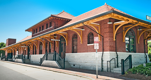 """High Point Train Depot (1907), 100 West High Avenue, High Point, North Carolina.""  Available from: Flickr Commons."