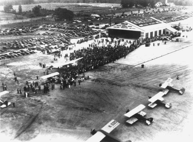 The 1929 dedication of Raleigh Municipal Airport. From the NC Division of Archives & History, call #: N.53.16.5165, the Albert Barden Collection.