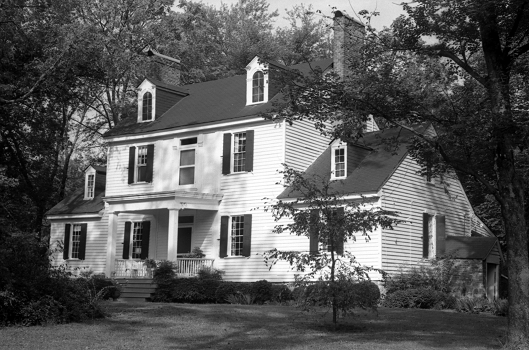 Exterior of the Rosedale Plantation. Image courtesy of the State Archives of North Carolina.