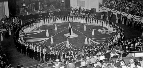 The debutante ball at Memorial Auditorium in Raleigh, 11 Sept. 1938. Courtesy of North Carolina Office of Archives and History, Raleigh.