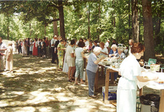 Dinner on the Grounds. Image courtesy of Pitt County Historical Society.