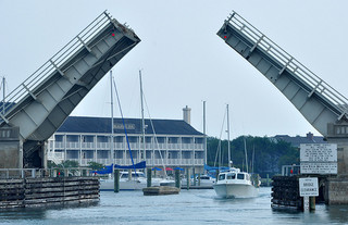 Beaufort Channel Drawbridge. Image courtesy of Flickr user Susan Smith.