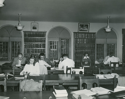 Duke School of Law Library, 10 April 1949. Image courtesy of Duke University Archives. Durham, North Carolina, USA.
