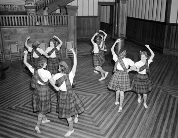 Flora MacDonald College Dancers