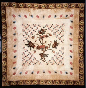 Chintz applique medallion quilt, made by Elizabeth Heritage Cobb, ca. 1803-1820, Lenoir County, N.C. From the collections of the North Carolina Museum of History, used courtesy of the North Carolina Department of Cultural Resources.