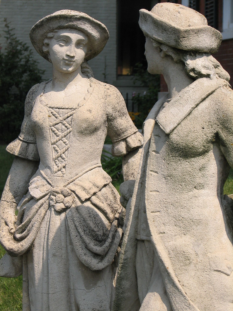 Colonial couple statue