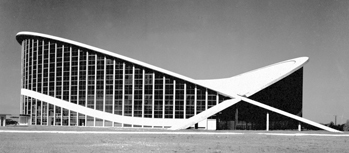 Dorton Arena shortly after its completion in 1953. Courtesy of North Carolina Office of Archives and History, Raleigh.
