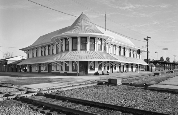 The Seaboard Air Line Depot at Hamlet was built in 1900, at the site where north-south lines between the Northeast and Florida crossed the east-west Wilmington-Charlotte route. Photograph by Tim Buchman. Courtesy of Preservation North Carolina.