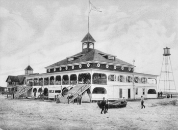 Lumina pavilion at Wrightsville Beach, as seen in a postcard, ca. 1907. North Carolina Collection, University of North Carolina at Chapel Hill Library.