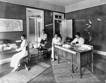 Office of the North Carolina Equal Suffrage League, 1920. Gertrude Weil is at the far left. Courtesy of North Carolina Office of Archives and History, Raleigh.