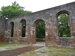 The ruins of St. Philip's Church in Brunswick. Image from Flickr user Travis S.