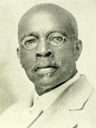 A photograph of Charles Norfleet Hunter published in 1925. Image from the Internet Archive.