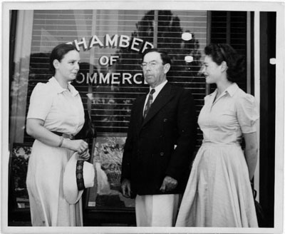 Photograph of [Miss Margot Mayo and Miss Deska of American Square Dance Group of New York City and Bascom Lamar Lunsford (center), director of the Mountain Music Festival, Asheville, North Carolina].  Created circa 1938-1950.  From the Lomax Collection, Library of Congress Prints & Photographs Online Catalog.  No known restrictions on publication.