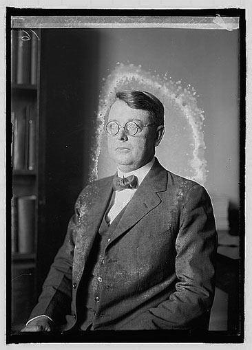 Portrait of Homer L. Lyon, circa 1921. From the National Photo Company Collection, Library of Congress Prints & Photographs Online Catalog.