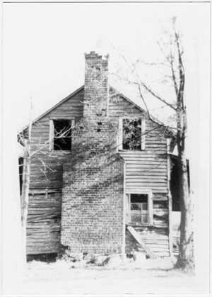 """Dr. William McLean Log House,""built in 1789, Gaston County, N.C. From Images of North Carolina, Gaston County Public Library, on DigitalNC."