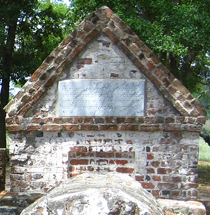 Photograph of Roger Moore's tomb at Orton Plantation. Image from Flickr user Rob Friesel.
