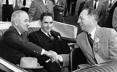 Governor W. Kerr Scott between President Harry S Truman (left) and Wake Forest College president Harold Tribble (right) on October 15, 1951. Image from the North Carolina Museum of History.