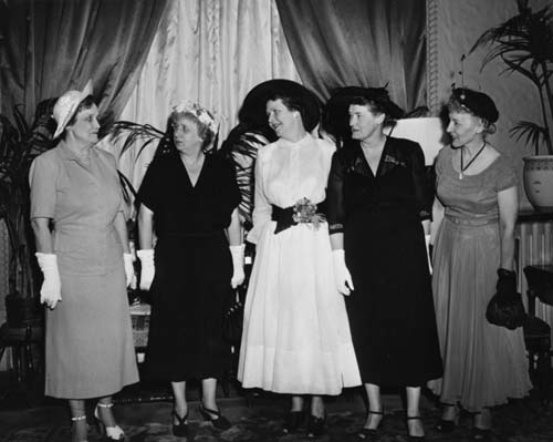 Mrs. Truman with Democratic Women, including Tillett 1950. Image courtesy of Truman Library photographs.