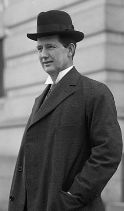 Photograph of Edwin Yates Webb, between 1911 and 1917. Image from the Library of Congress.