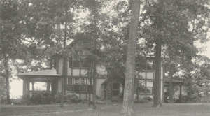 Frederick Fries Bahnson house at 28 Cascade Avenue, 1924. Courtesy of Digital Forsyth.