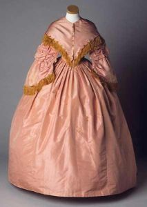 A woman belonging to the planter class might have worn a gown such as this one which belonged to Mary Eliza Battle Pittman and was made between 1857 and 1859. Image courtesy of the North Carolina Museum of History.