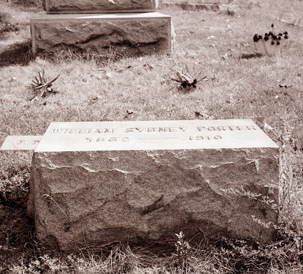 Grave of William Sydney Porter (O. Henry), b.1862, d.1910. Grave is in Riverside Cemetery, Asheville, NC. Photo taken 28 August 1954 by Dorthy Phillips. From the General Negative Collection, North Carolina State Archives, call #:  N_54_8_4.