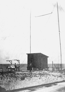 "One of Reginald Fessenden's ""apparatus shelters"" and wire antennas erected at Manteo and Cape Hatteras. Courtesy of North Carolina Office of Archives and History, Raleigh."