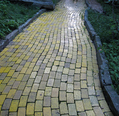 Yellow Brick Road, Land of Oz. Image courtesy of Flickr user _rockinfree.